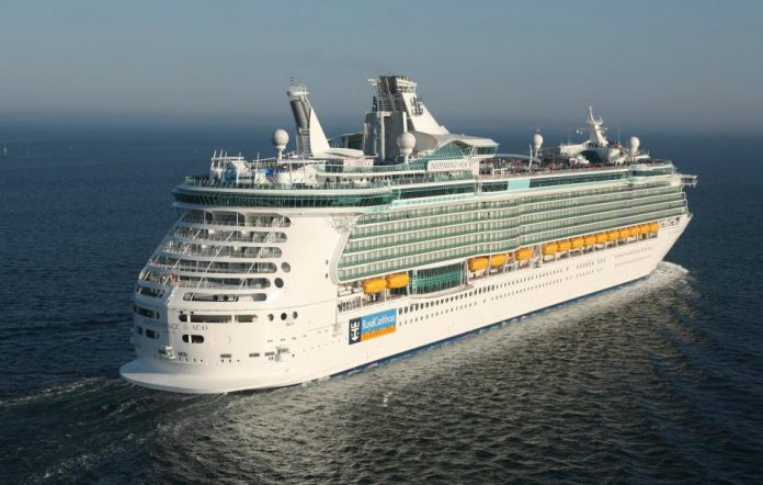Royal Caribbean passengers sick with gastrointestinal bug, Report