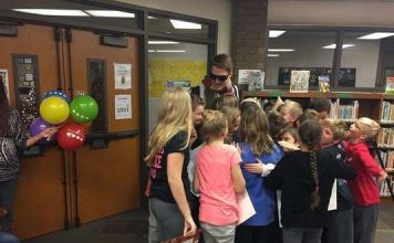 Students use Harry Potter to give teacher a gift (Video)