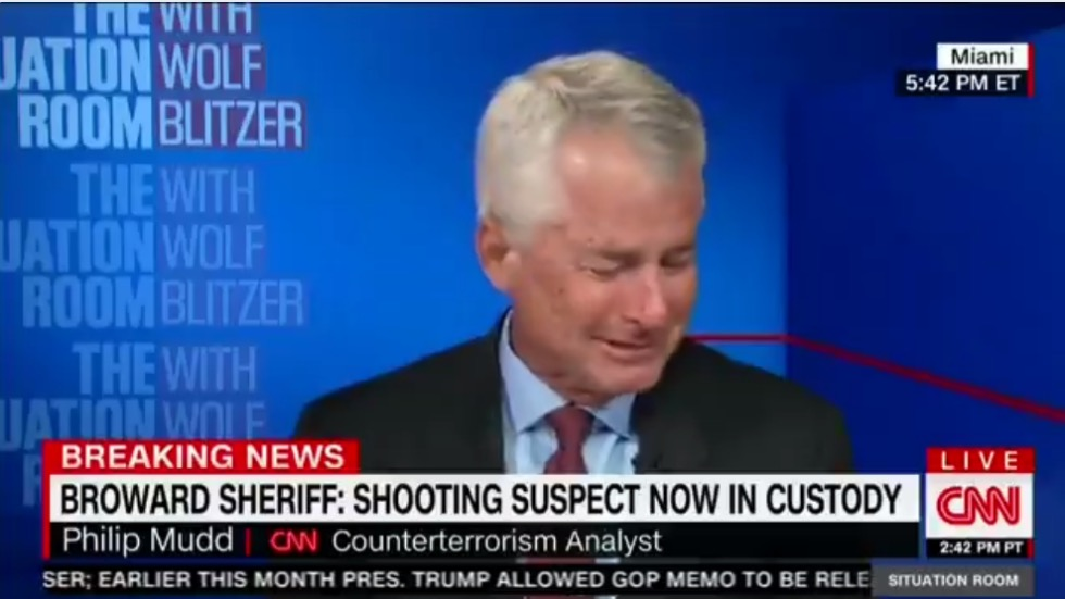 CNN's Philip Mudd breaks down on air while discussing Florida school shooting
