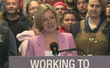 Rachel Notley continues to push B.C. on pipeline