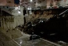 Rome sinkhole swallows cars and evacuates buildings (Video)