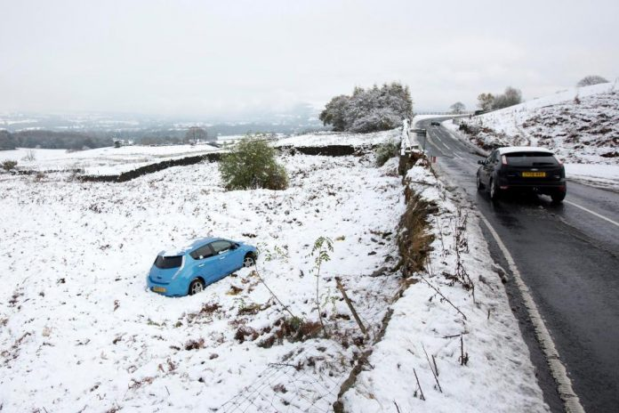 UK Snow Red Alert: Met Office extends severe weather warnings