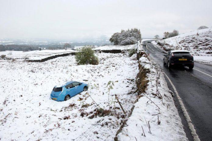 UK Snow Red Alert: Met Office extends severe weather warnings