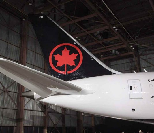Air Canada signs deal to buy Aeroplan for $450M