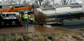 Arizona: chocolate flows on highway after traffic incident (Picture)