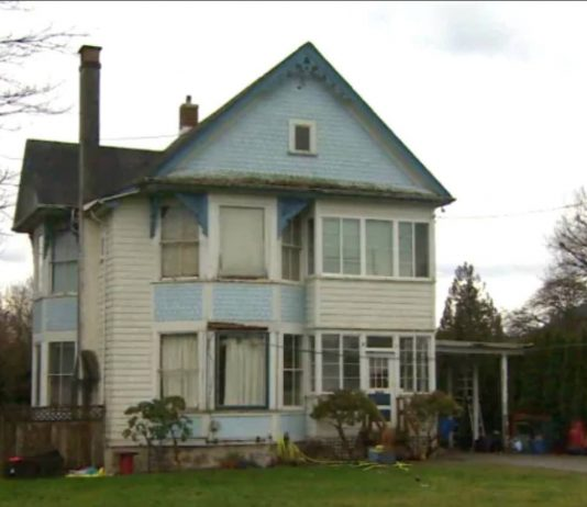Chilliwack heritage home offered for free, Report