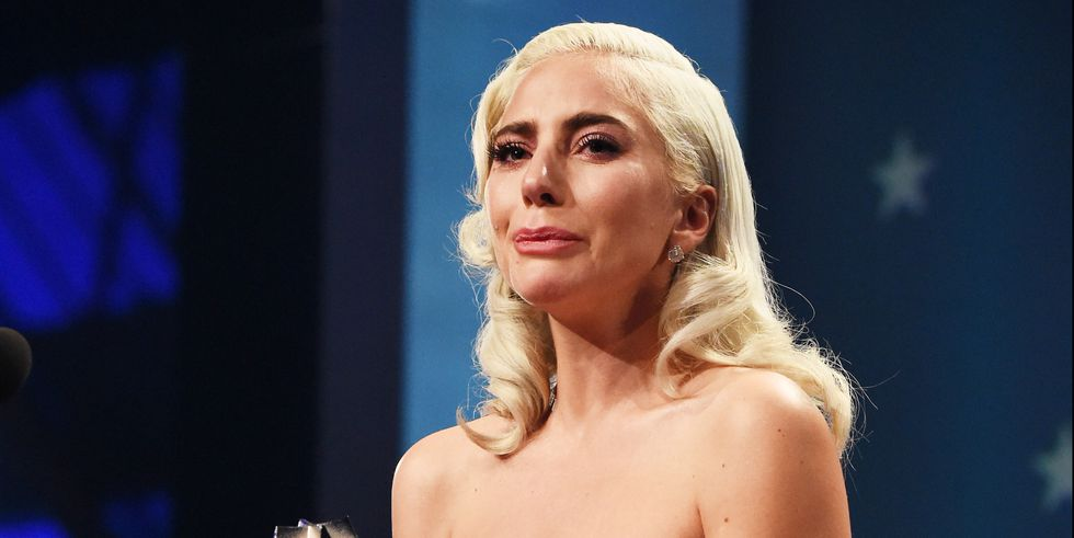 Lady Gaga leaves awards to see dying horse (Video) | The Intelligencer