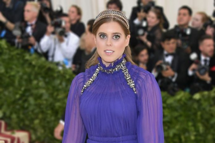 Princess Beatrice jets off for romantic trip with Edoardo Mapelli Mozzi