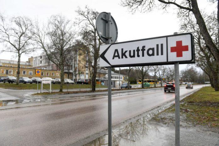 Sweden Ebola case: Man Vomits Blood, But Test Is Negative