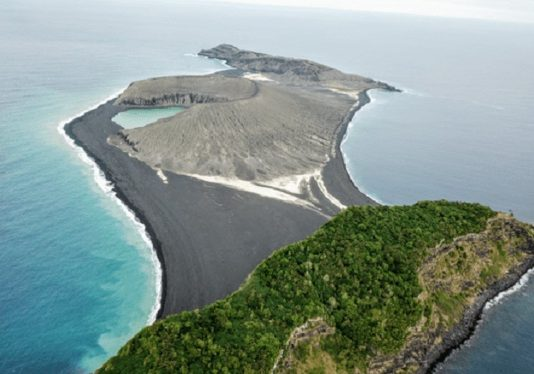 Mystery mud on new volcanic island baffles Nasa Researchers
