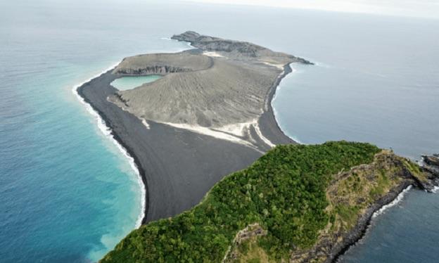 Mystery mud on new volcanic island baffles Nasa Researchers