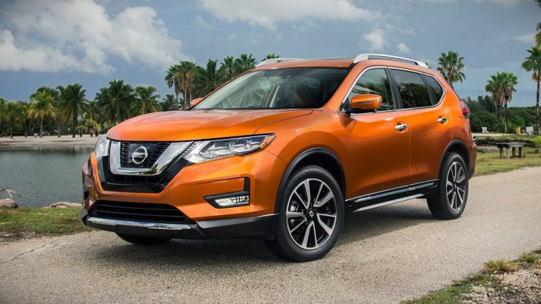 Japan's Nissan abandons plans to build X-Trail model in UK