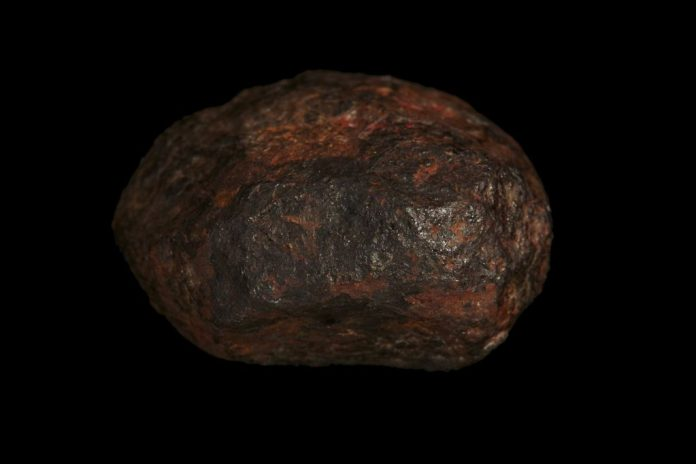 Edscottite Mineral Found inside a Million-Year-Old Meteorite, Report