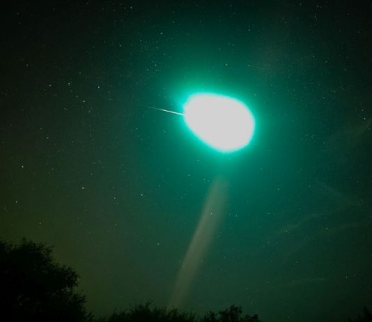 Watch: Fireball lights up Edmonton night sky
