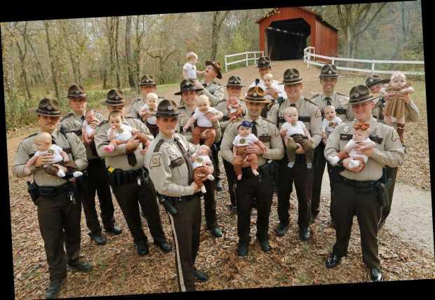 Missouri Sheriff's Department Welcomes 17 Babies (Photo)