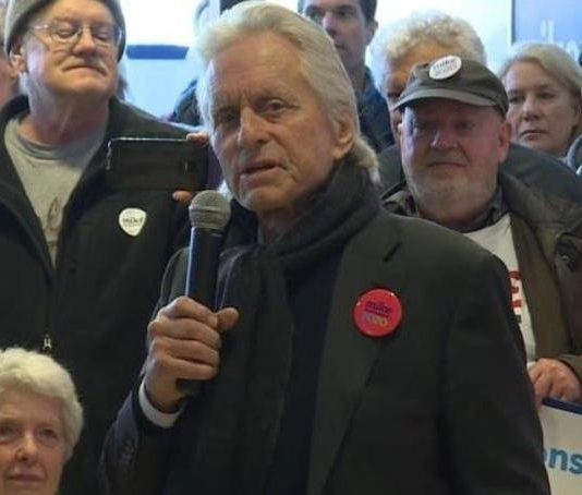 Michael Douglas campaigns for Bloomberg in Madison (Picture)