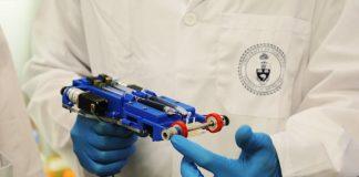 Researchers Engineer Handheld Bioprinter that Can Print Skin