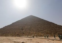 Egypt Deep Cleans Pyramids Emptied of Tourists, Report