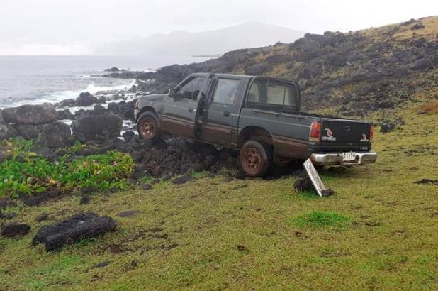 Truck Crashes Into an Easter Island stone Statue