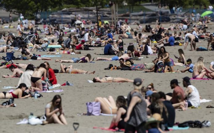 Coronavirus Canada updates: British Columbia health officer says 'people were reasonable' over the weekend