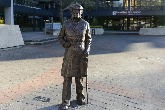 New Zealand Removes Statue of British Naval Officer After Maori Tribe Request