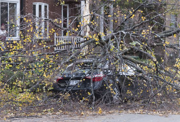 Quebec: Thousands without power after storms sweep across province