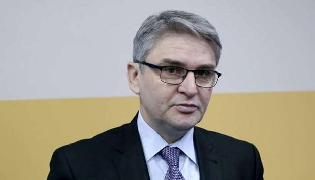 Bosnian minister dies from COVID-19, Report