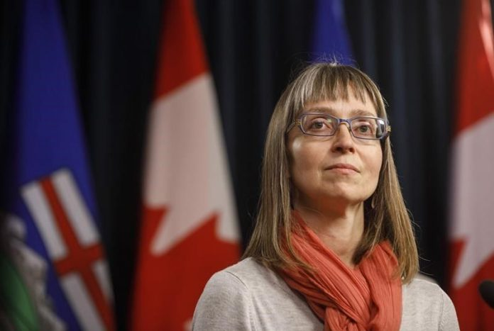 Coronavirus Canada updates: Alberta expands gatherings for outdoor audience events to 200 people