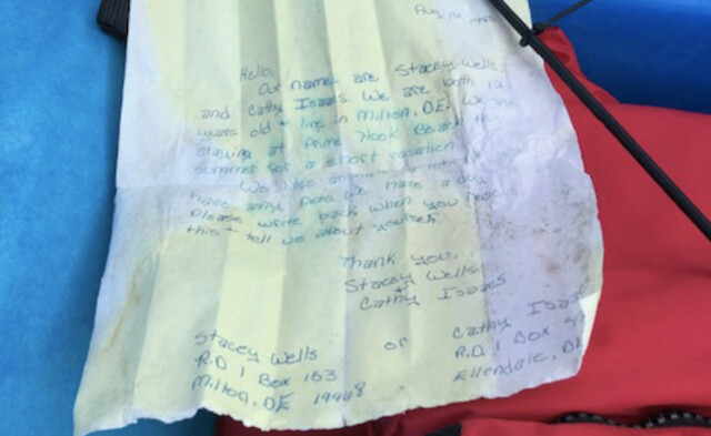 Kayaker reunites author with message in a bottle from 1985 (Photo)
