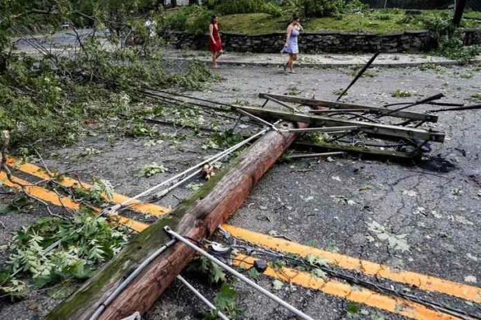Tropical Storm Isaias moves into Canada, Report