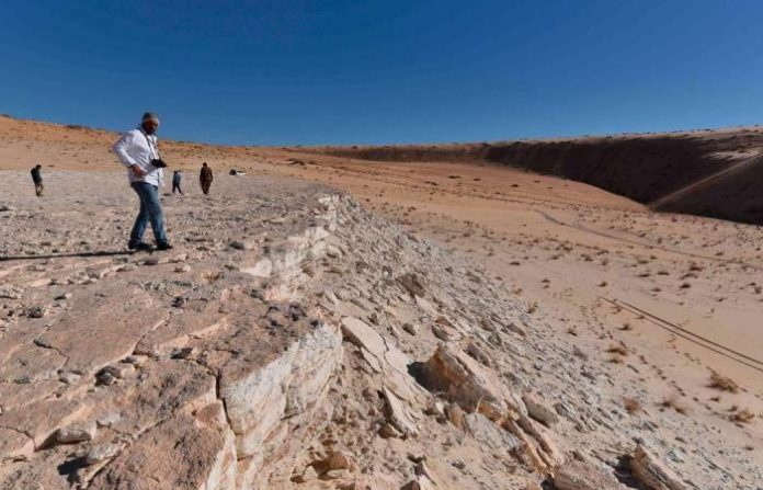 120000-year-old footprints discovered in Saudi Arabia (Study)