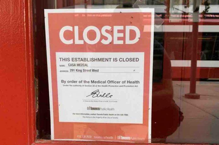 Coronavirus Canada Updates: 3 King Street bars and restaurants ordered closed by Toronto Public Health