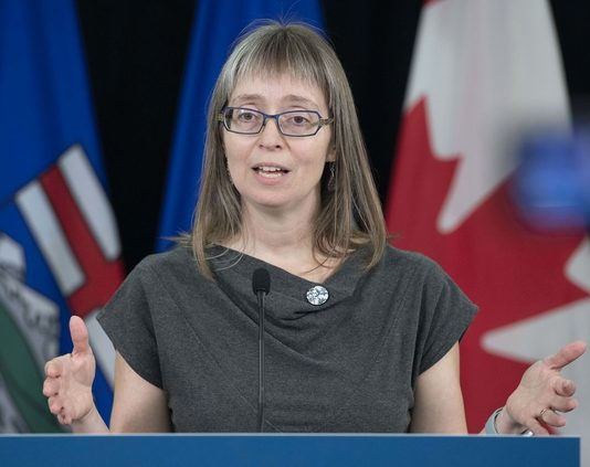 Coronavirus Canada updates: Hinshaw announces 418 new cases, outbreak at Ross Sheppard High School