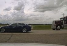 Sleeping driver of speeding Tesla on Alberta highway faces criminal charge, Report
