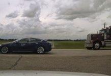 Sleeping driver of speeding Tesla on Alberta highway faces criminal charge, Report