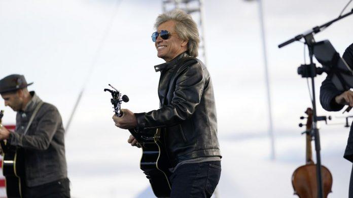 Bon Jovi campaigns with Joe Biden in Pennsylvania (Video)