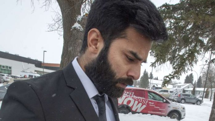 Lawyer fighting to keep driver responsible for Humboldt Broncos bus crash from being deported, Report