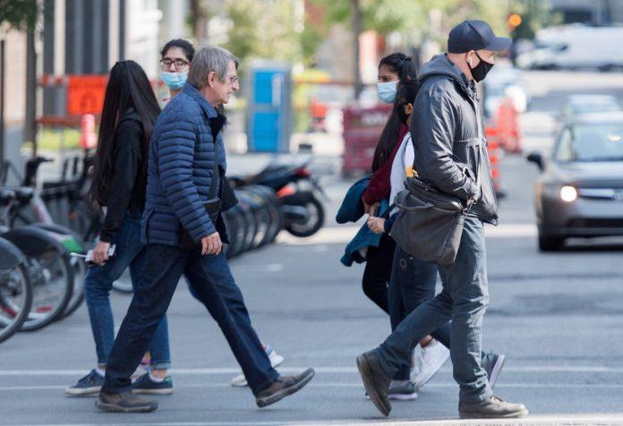 Coronavirus Canada Updates: Toronto, Peel Region enter 28-day lockdown