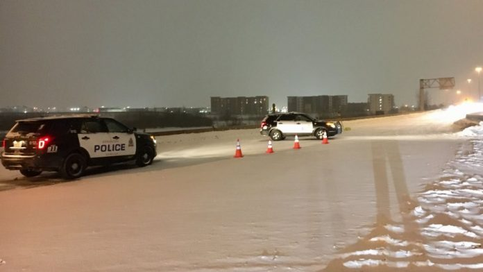 Edmonton police officer injured, other driver dead after Whitemud hit-and-run, Report