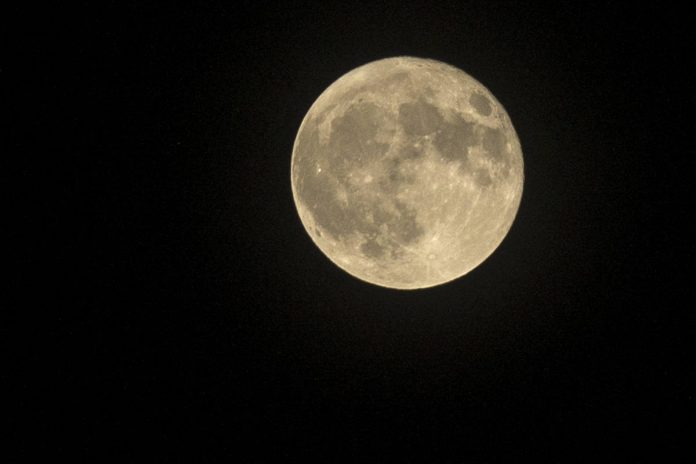 First blue moon on Halloween in 19 years, Report