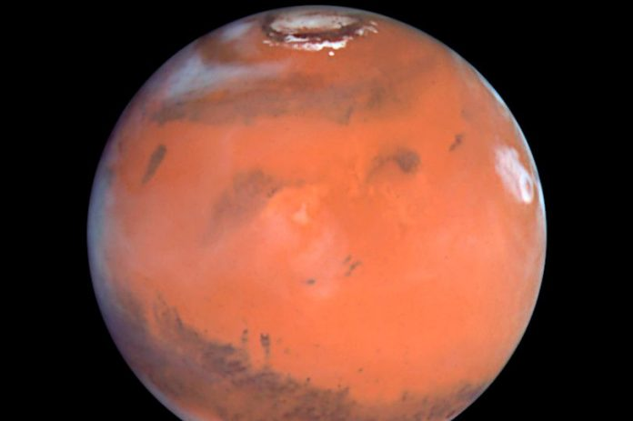 Water on Mars thought to have formed 4.4 billion years ago (Study)