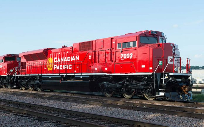 CP Rail to develop hydrogen-powered locomotive, Report