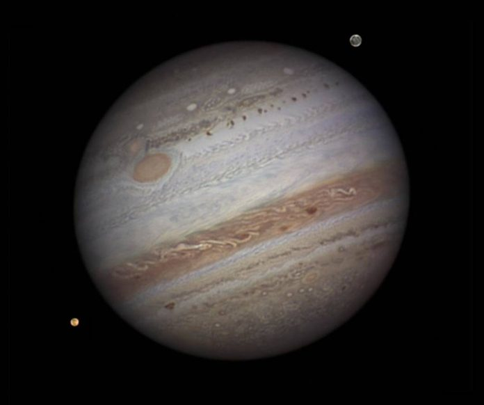 Report: Jupiter and Saturn head for closest visible alignment in 800 years