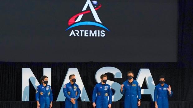 Report: NASA names 18 astronauts to train for Artemis moon landings