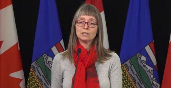 Coronavirus: Dr. Deena Hinshaw to update Alberta on COVID-19