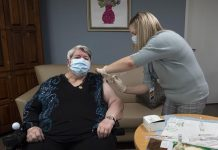 How the Chicago Vaccine Hunters are helping people get the COVID-19 vaccine, Report