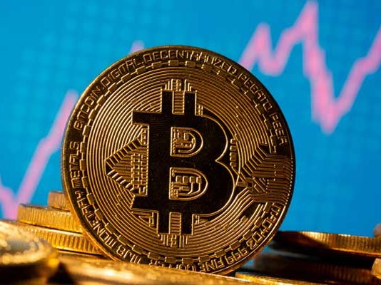 Record in a matter of hours! Bitcoin reaches $34K milestone as 2021 kickstarts