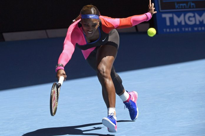 Australian Open 2021: No-look shot in Serena's win, COVID-19 fan ban