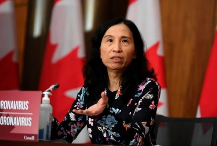 Coronavirus: Canada hits 800,000 COVID cases, Dr. Tam says numbers trending down
