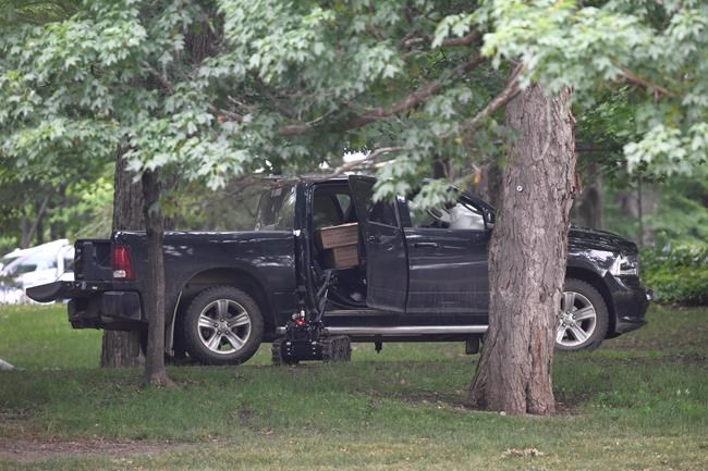 Man who crashed through Trudeau's gate was 'prepared to die, Report